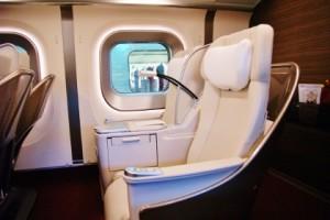 E5系グランクラス2人席