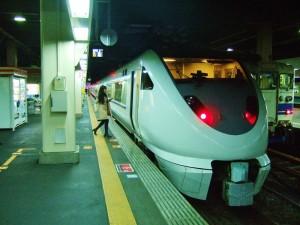 特急しらさぎ号・金沢駅にて