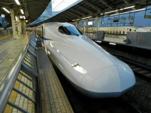 N700A使用の新幹線ひかり号